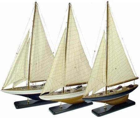 Kleuren zeilboot model 42cm